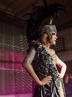 Cosmopolitan устроил вечеринку вдухе Met Gala