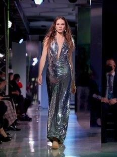 Показ «Cosmopolitan. Мода безграниц»