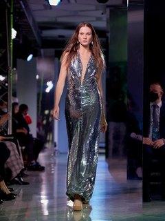Показ «Cosmopolitan. Мода без границ»